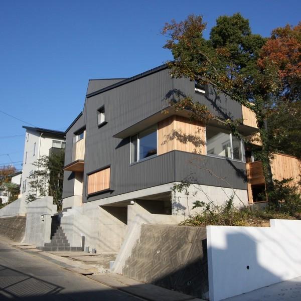 川東山の家