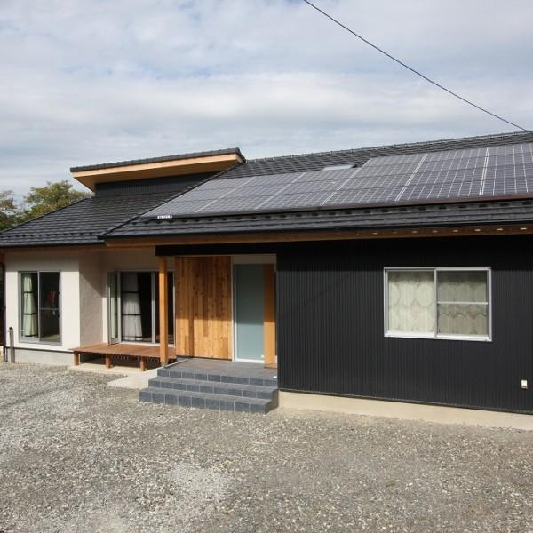 中津川の家