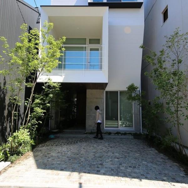 小桜町の家