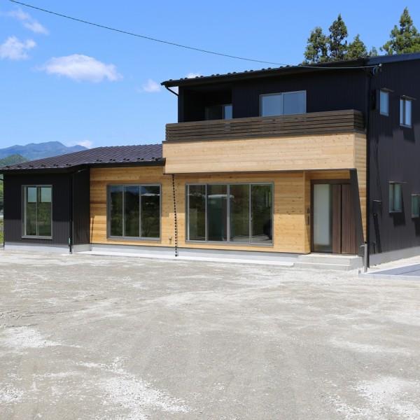 岡瀬沢の家